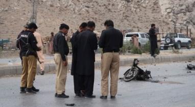 পাকিস্তানে আত্মঘাতী বোমা হামলায় নিহত ৩ জন, আহত হয়েছেন ২০ জন