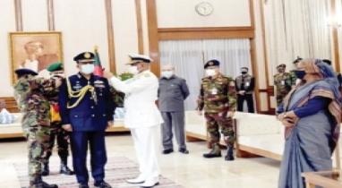 এয়ার মার্শাল র্যাংক-ব্যাজ পরলেন নতুন বিমানবাহিনী প্রধান