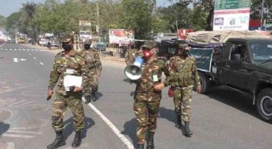 বরিশালে লকডাউন সফল করতে তৎপর সেনাবাহিনী