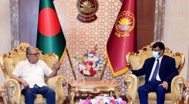 রাষ্ট্রপতির সঙ্গে সৌজন্য সাক্ষাৎ করেছেন মরক্কোয় নিযুক্ত রাষ্ট্রদূত