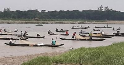 দীর্ঘ প্রতীক্ষার অবসান, হালদায় ডিম দিল মা মাছ